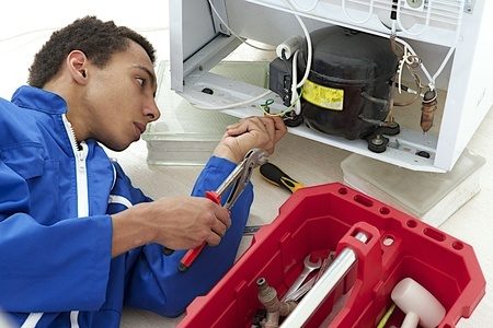 onsite_appliance_refrigerator_tech